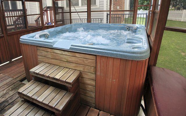 Hot tub cost per month