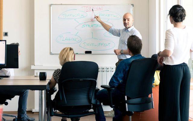 Freelance marketing consultant rates