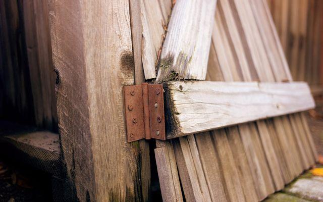 Fence repair cost