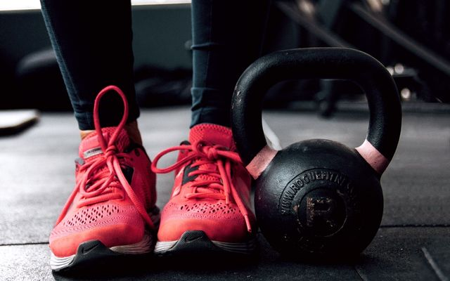 Personal trainers cost hourly and monthly prices avg