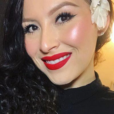 Breanna Perez | Makeup Artist Lakeville, MN Thumbtack