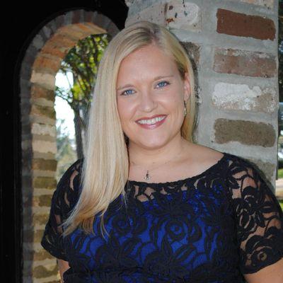 Reverend Laura Phillips - LAPStudios Overland Park, KS Thumbtack
