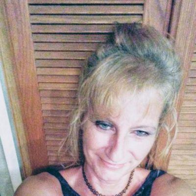 Lisa pierces Pensacola, FL Thumbtack