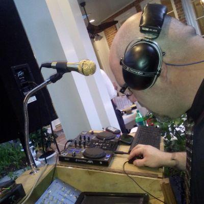 Hammond DJ Independence, LA Thumbtack