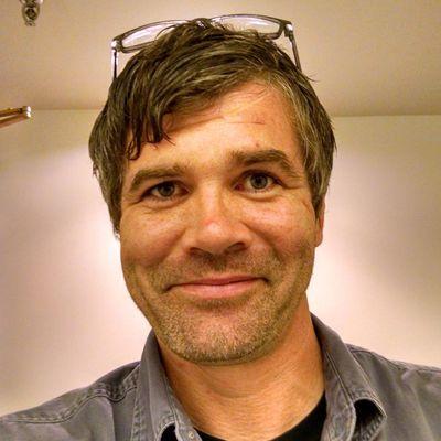 Jim Prohaska/ Umeni Art Installation Omaha, NE Thumbtack