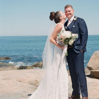 33 MUNROE - Wedding/Events/Florals Lynn, MA Thumbtack