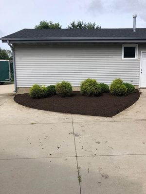 F&G Family Landscaping Rockford, IL Thumbtack