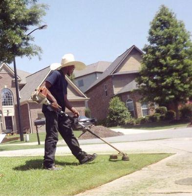 Lee's Royal Turf Lawn Care Atlanta, GA Thumbtack