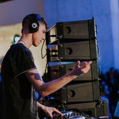 SPYKED SOUND - Audio rentals and DJ service Davenport, IA Thumbtack